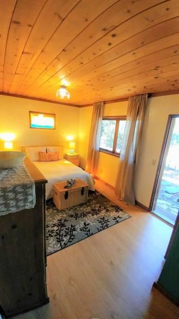 cardiff-bedroom2